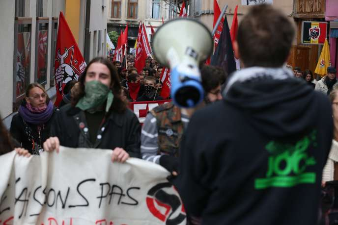 Manifestation à Bruxelles contre la politique de rigueur annoncée par le nouveau gouvernement, le 6 novembre 2014.