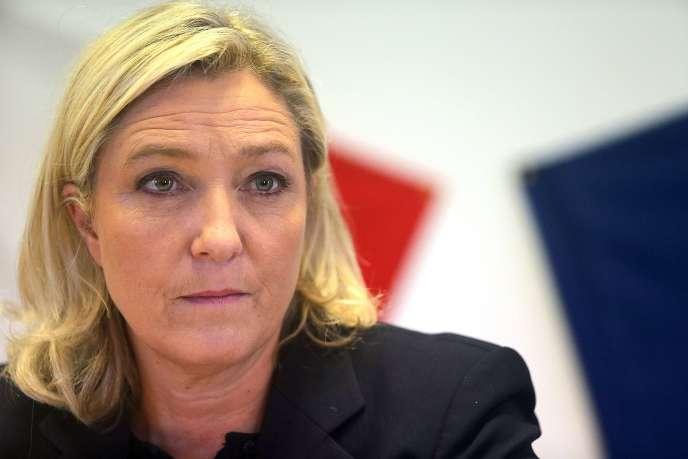 Marine Le Pen à Chalons-en-Champagne le 11 novembre.