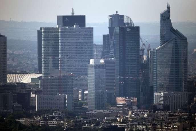 Le quartier de la Défense, à Paris, regroupe les sièges sociaux de grandes entreprises françaises.