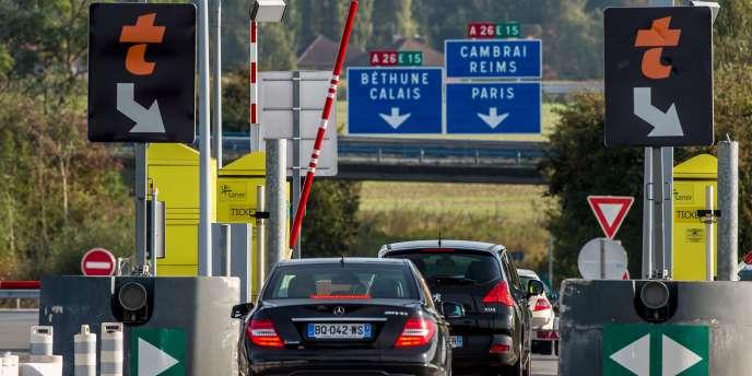 152 députés français ont écrit en décembre à Manuel Valls pour réclamer un rachat des concessions d'autoroutes.