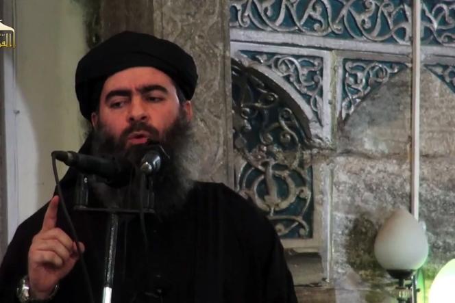 Le leader  de l'organisation Etat islamique, Abou Bakr Al-Baghdadi, a proclamé le califat en juin 2014.