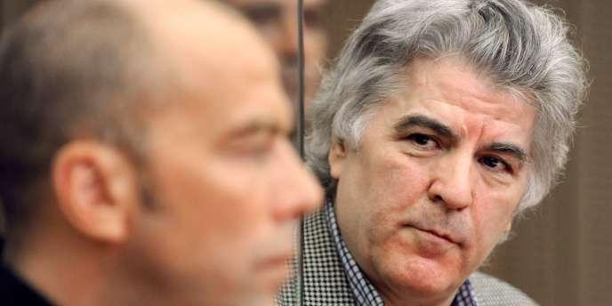 Pierre Bodein avec son avocat lors de son procès en appel en 2008 à Colmar.