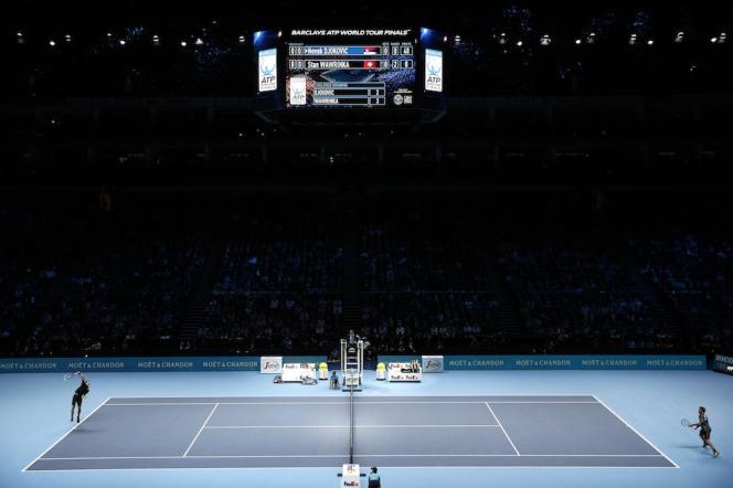 Novak Djokovic et Stanislas Wawrinka le 12 novembre 2014 au Masters de Londres.