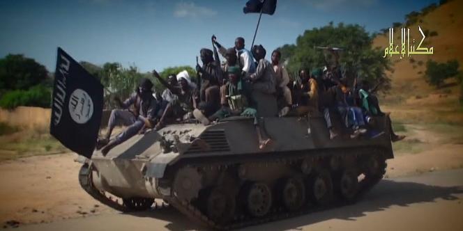 Des membres de Boko Haram dans une vidéo envoyée aux médias le 9novembre.
