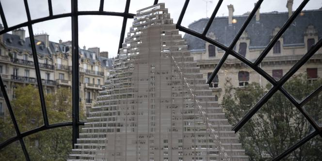 La maquette du projet de tour Triangle contre lequel vient de voter le conseil de Paris.