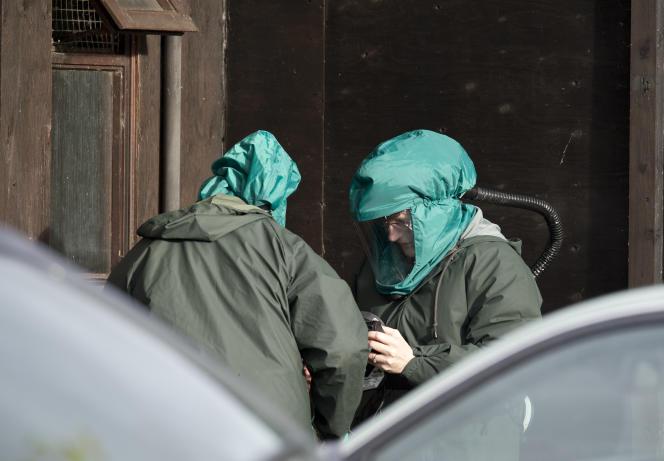 Des experts dans une exploitation de canards dans le Nord-Est de l'Angleterre où des cas de grippe aviaire ont été identifiés lundi 17 novembre.