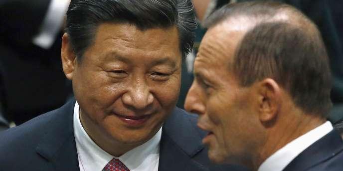 Le président chinois Xi Jinping et le premier ministre australien Tony Abbott, le 17 novembre à Canberra.