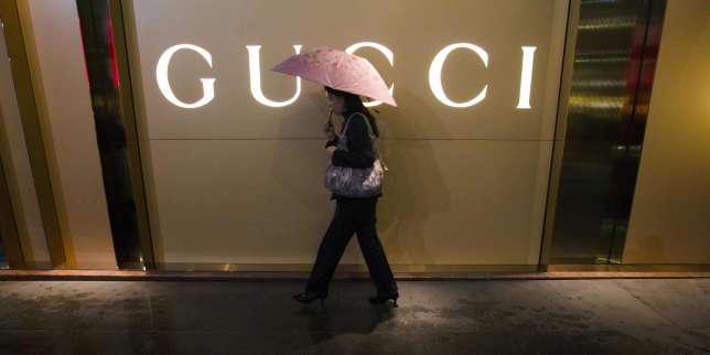 Gucci cherche à séduire les jeunes consommateurs chinois aisés.