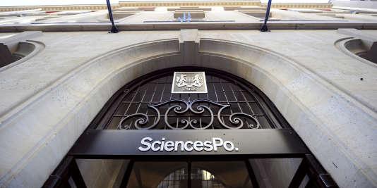 L'entrée deSciences-Po, à Paris.