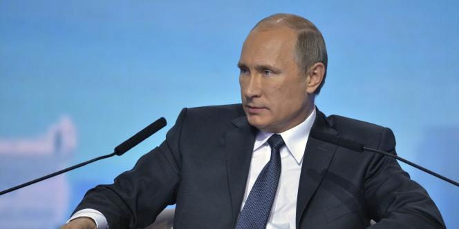 Vladimir Poutine, le 18 novembre 2014 à Moscou.