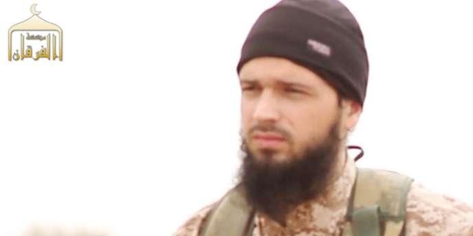 Maxime Hauchard, dans une vidéo diffusée par l'Etat islamique le 16 novembre.