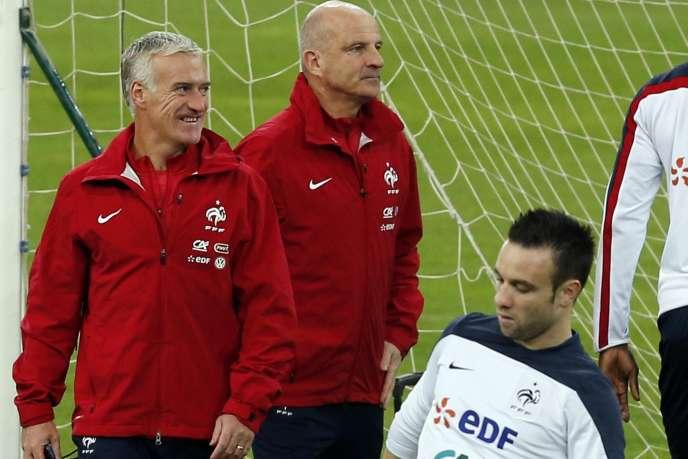 Les ex-Marseillais Didier Deschamps, son adjoint Guy Stéphan et Mathieu Valbuena vont retrouver le Stade-Vélodrome contre la Suède, le 18novembre.