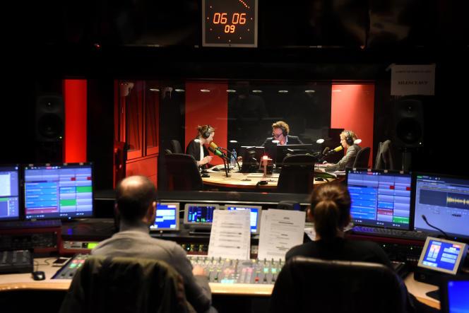 Maison de la radio. Radio France. France Inter. Le 5/7, la matinale d'Eric Delvaux et Catherine Boullay.