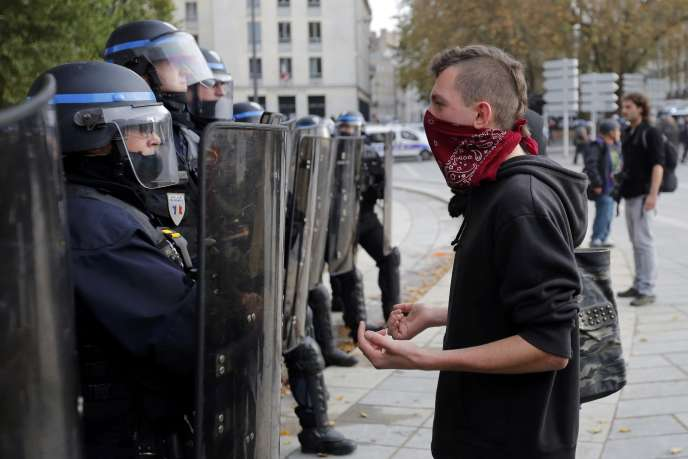 Une manifestation contre les violences policières à Nantes le 22 novembre, après la mort de Rémi Fraisse.