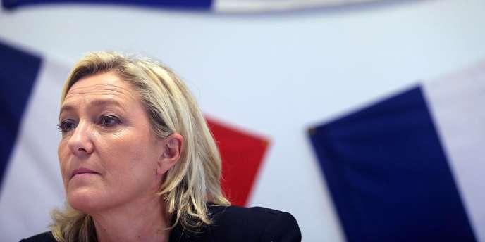 Marine Le Pen, le 11 novembre, à Châlons-en-Champagne.