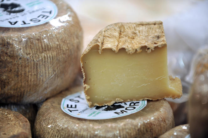 Le projet Wikicheese propose de photographier 200 fromages.