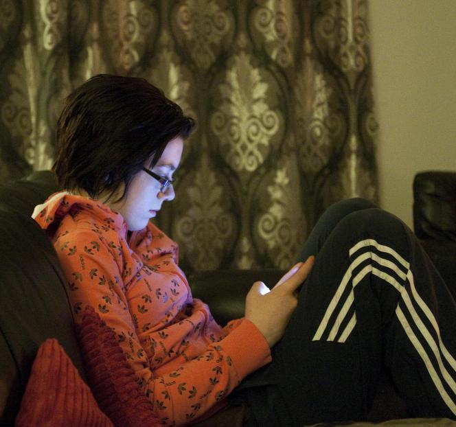Plus d'un tiers des élèves concernés par la cyber-violence n'en parlent à personne, a fortiori les garçons.