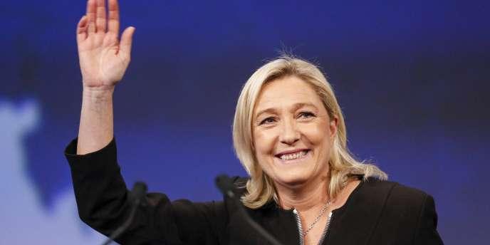 Marine Le Pen au congrès du Front national à Lyon, le29novembre.
