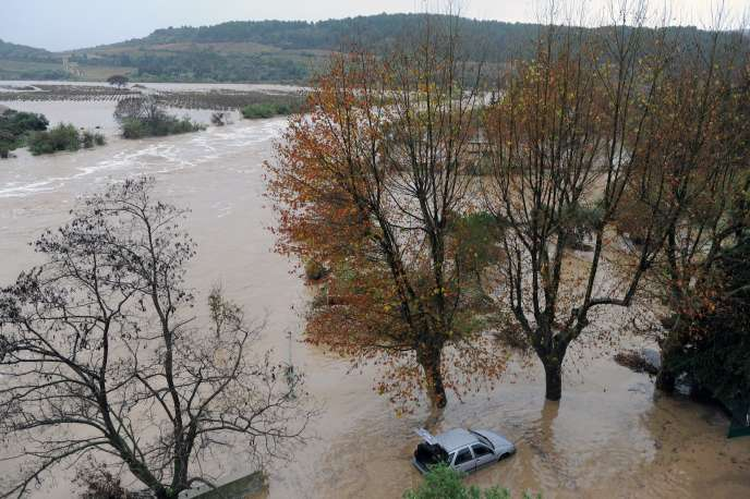 La rivière La Berre, près de la ville de Portel-des-Corbières (Aude).