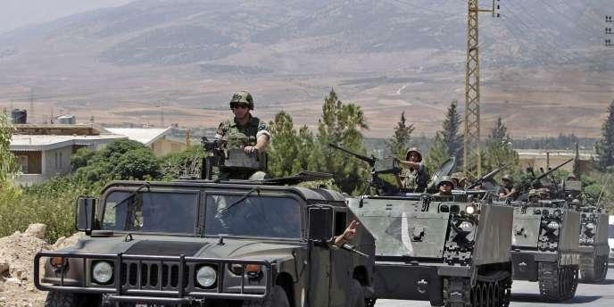 Des soldats libanais en renfort dans la région désertique de Ras Baalbek après des affrontements cet été.