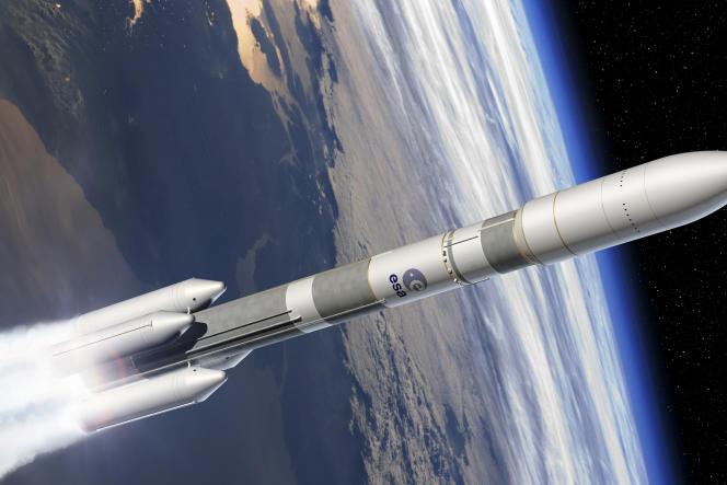 Maquette de Ariane-64 et ses quatre boosters pour transporter deux satellites.
