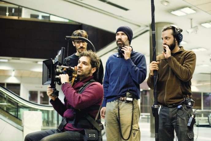 Le réalisateur Jaime Rosales sur le tournage de son film