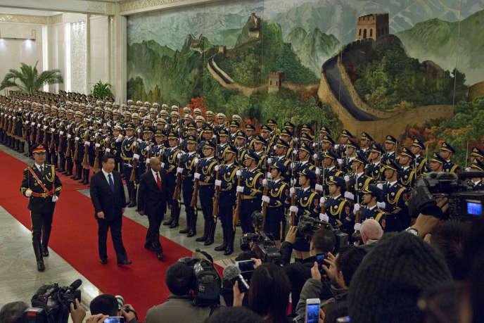 Le président chinois Xi Jinping lors de la visite du président sud-africain Jacob Zuma, le 4 décembre 2014, à Pékin.