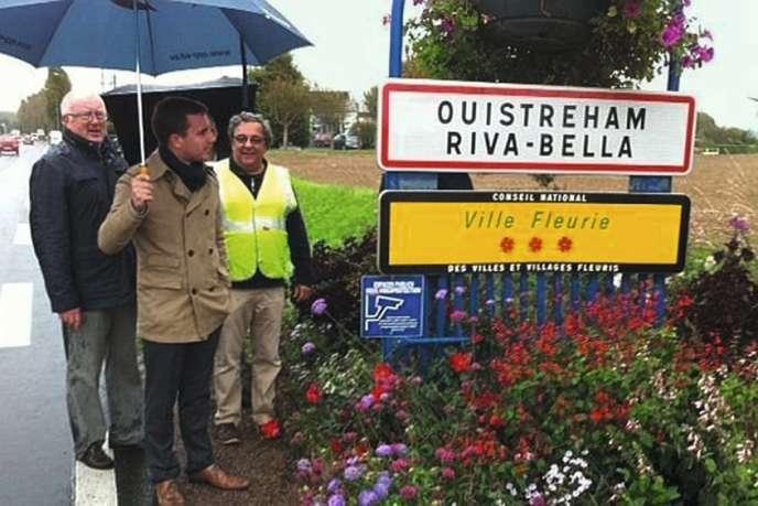 Le maire de Ouistreham (Calvados) a fourni cinq cent documents pour prouver que sa ville était appelée, au début du XXe siècle, Ouistreham Riva-Bella.