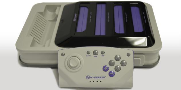 La manette de la Retron 5 est inadaptée aux jeux 8 et 16-bits.