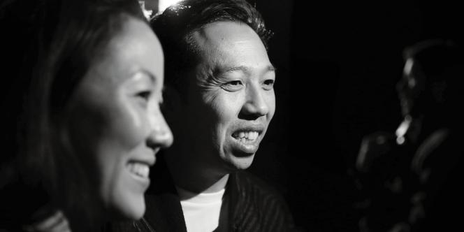 Que Kenzo ait embauché des entrepreneurs, Carol Lim et Humberto Leon, comme directeurs artistiques n'est pas un hasard : collant aux attentes des clientes, ils ont rajeuni les collections.