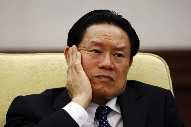 Zhou Yongkang lors du 17e congrès du Parti communiste chinois, en octobre 2007, dans la grande salle du Palais du peuple à Pékin.