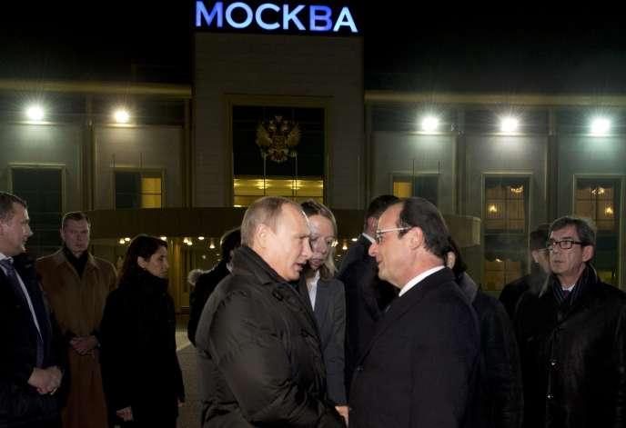 Vladimir Poutine et François Hollande à Moscou, le 6 décembre.