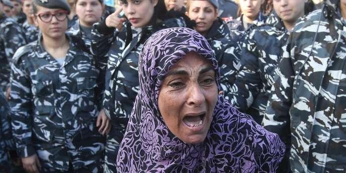 La mère d'Ali Al-Bazzal, exécuté par le Front Al-Nosra, le28novembre.