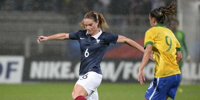 Amandine Henry, ici le 26 novembre face au Brésil.