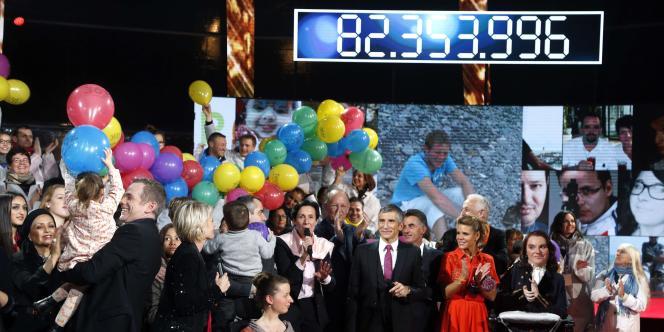 A la fin des 30 heures de direct, le Téléthon s'est terminé avec 82 millions d'euros de promesses de dons au compteur.