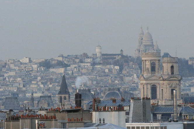 Vue sur le Sacré-Coeur, le 9 décembre 2014. La maire de Paris propose de fusionner les quatre premiers arrondissements parisiens.