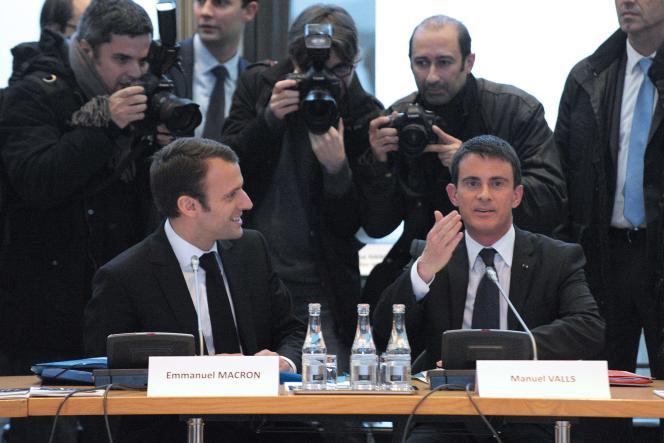 Manuel Valls et Emmanuel Macron le 10 décembre Paris.