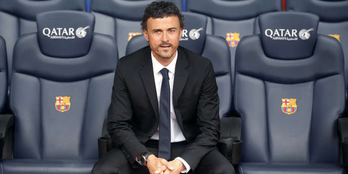 Luis Enrique sur le banc du Barça au Camp Nou.