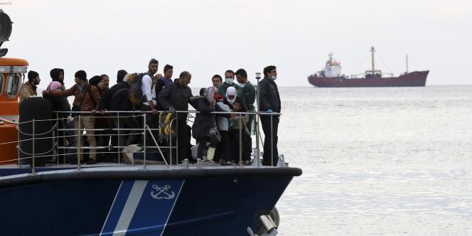 La Cour européenne des droits de l'Homme a condamné jeudi 11 décembre la Grèce pour « traitement inhumain et dégradant » de deux migrant.