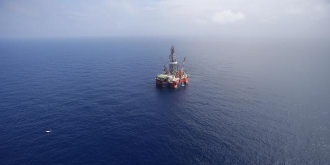 Le prix du baril de pétrole a perdu 44 % de sa valeur depuis juin - son dernier pic.