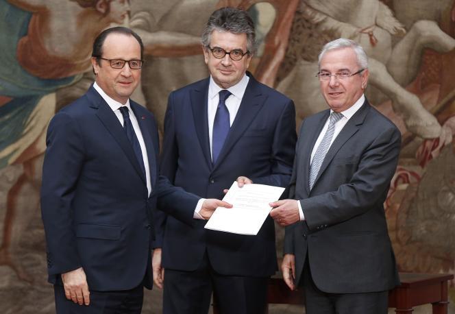 Francois Hollande, Alain Clayes et Jean Leonetti, le 12 décembre 2014