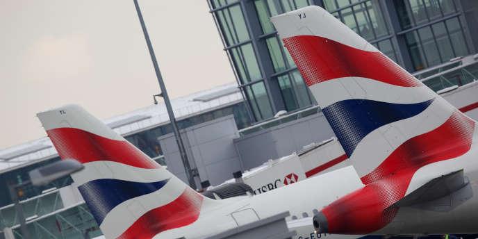 Des avions de British Airways à l'aéroport de Heathrow.