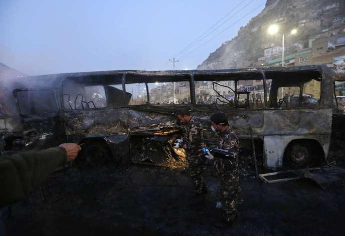 Un bus de l'armée afghane a été attaqué, samedi 13 décembre, en Afghanistan.