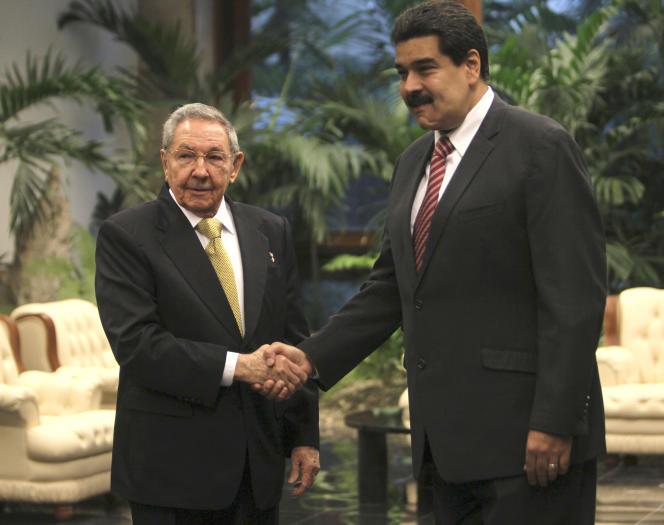 Raul Castro et Nicolas Maduro à La Havane, le 14 décembre.