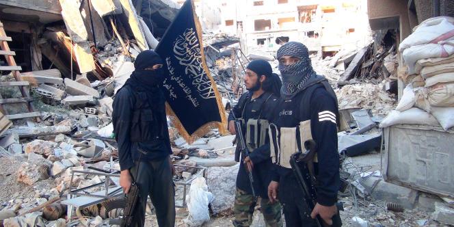 La branche syrienne d'Al-Qaida a déjà délogé les rebelles opposés au régime, soutenus par l'Occident, de la majeure partie de la province d'Idlib, qui était pourtant une de leurs places fortes.