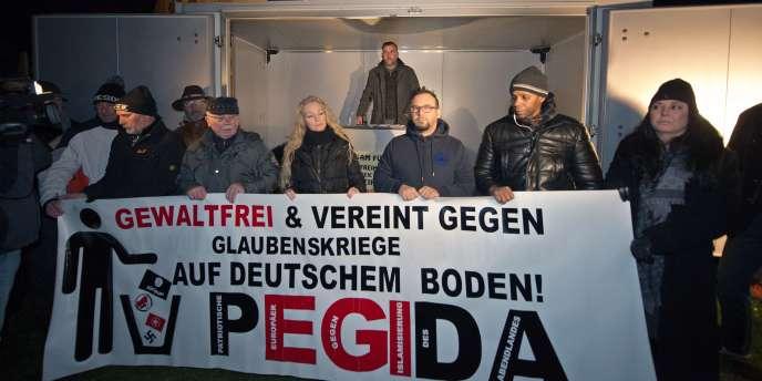 Lutz Bachmann, le meneur de Pegida, lors d'une manifestation de son mouvement, le8décembre, à Dresde.