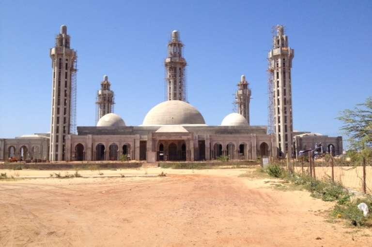 La mosquée Massalikoul Djinane, à Dakar en septembre 2014.