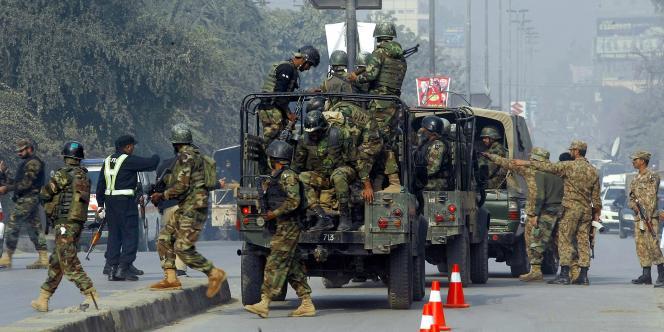 Mardi 16 décembre, l'assaut a eu lieu alors que l'armée mène depuis plusieurs mois une offensive d'ampleur contre le mouvement rebelle du TTP dans ses bastions des zones tribales du Nord-Ouest.