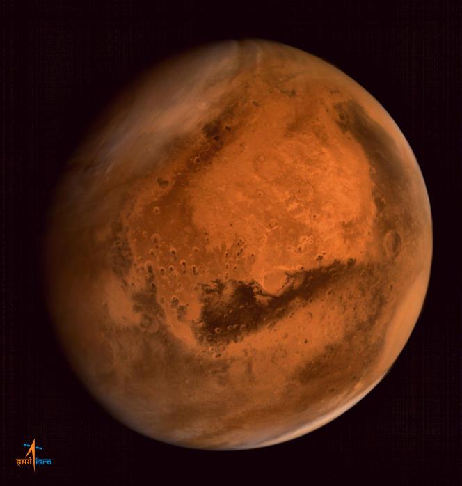 Vue de Mars prise le 28 septembre 2014 par la sonde indienne Magalyaan.
