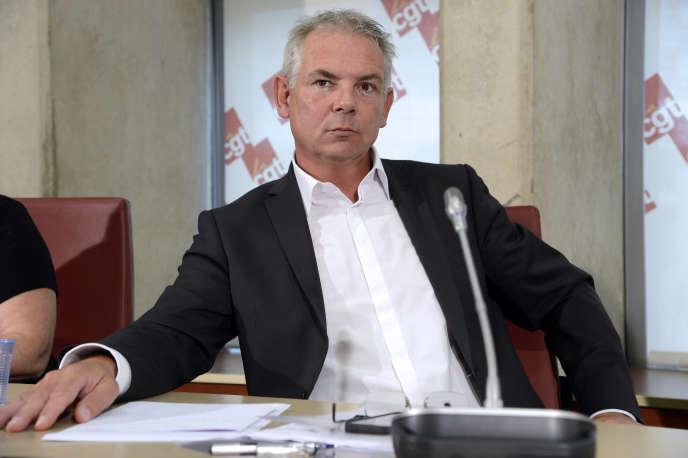 Thierry Lepaon au siège de la CGT à Montreuil, en octobre 2013.